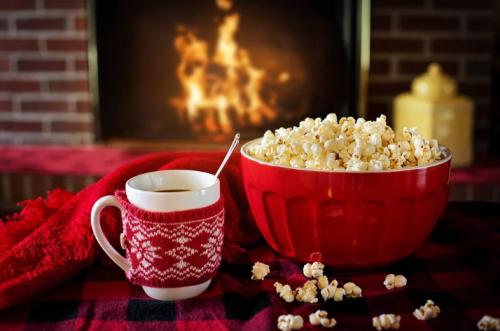 איך לראות סרטים בבית